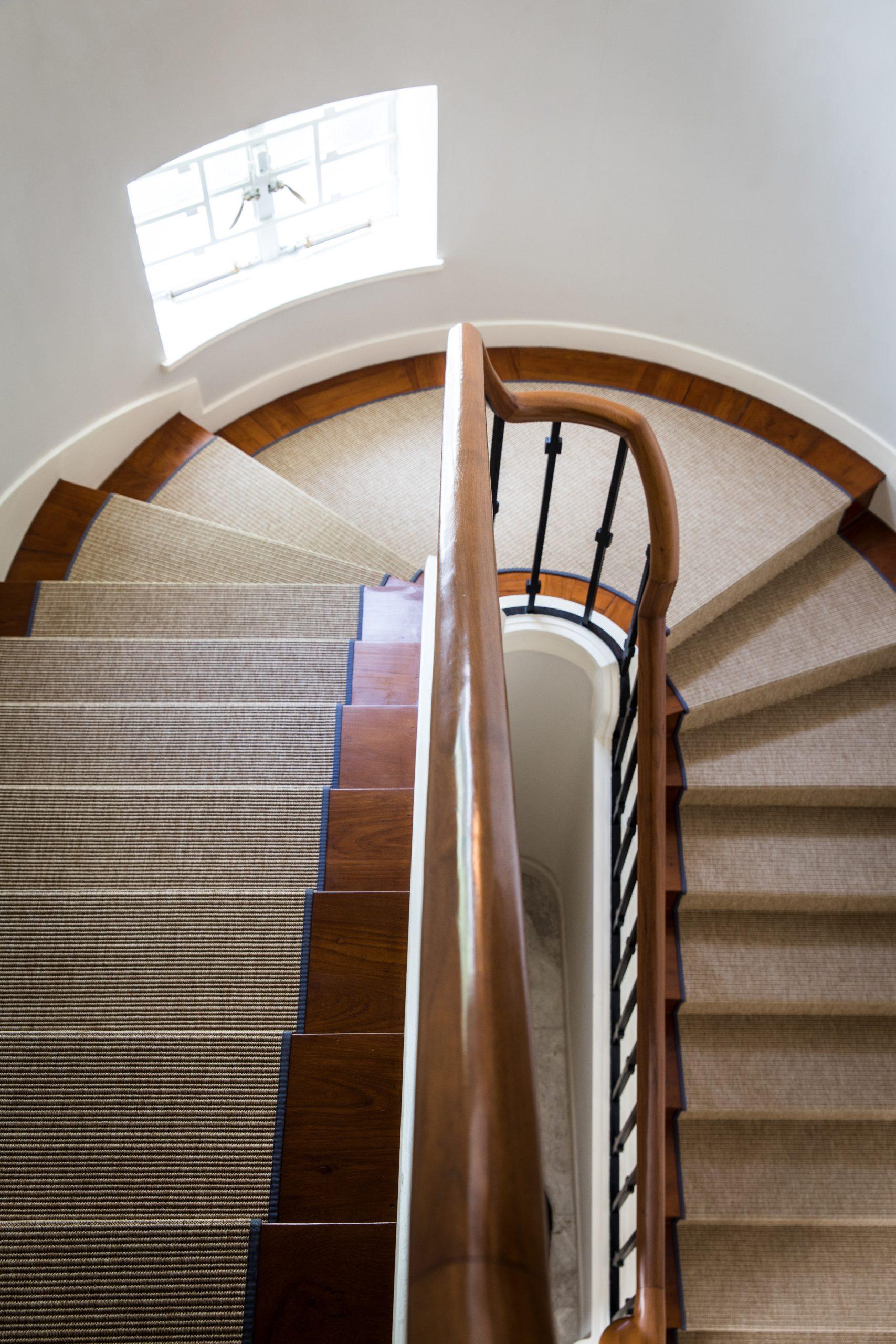 Kadoorie Avenue – Staircase runner