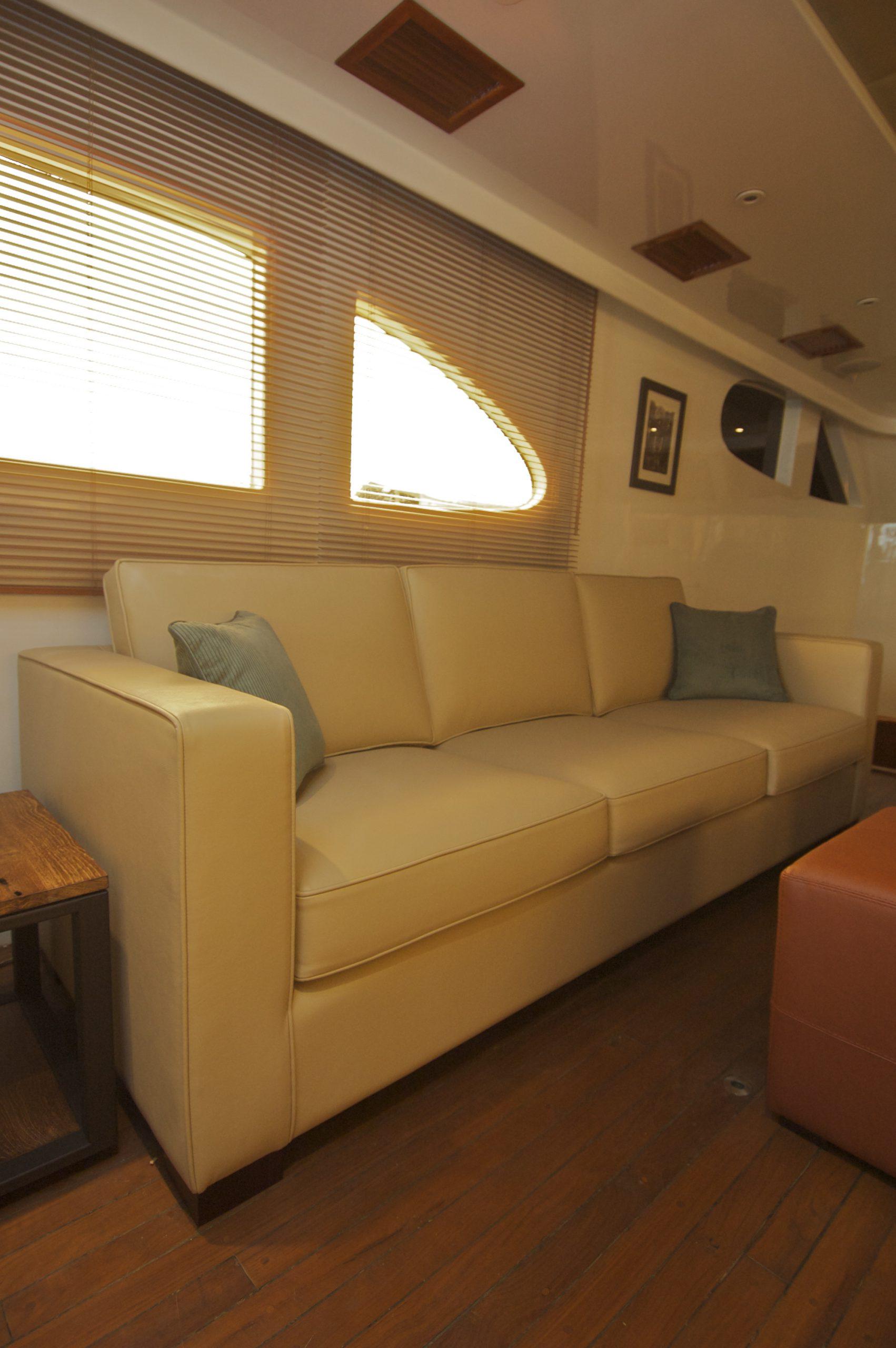 Swire 80ft Boat (9)